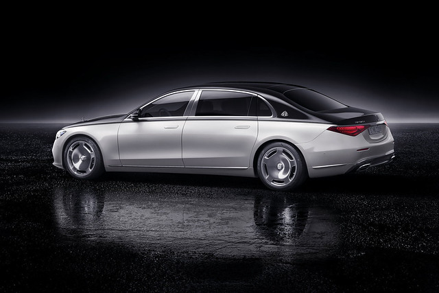 2021-Mercedes-Maybach-S-Class-66