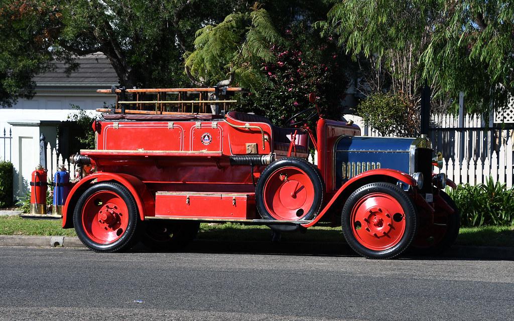 Old Fire Engine, Carlingford, Sydney, NSW.