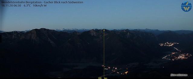 Gipfellicht Zugspitze morgens Luftlinie