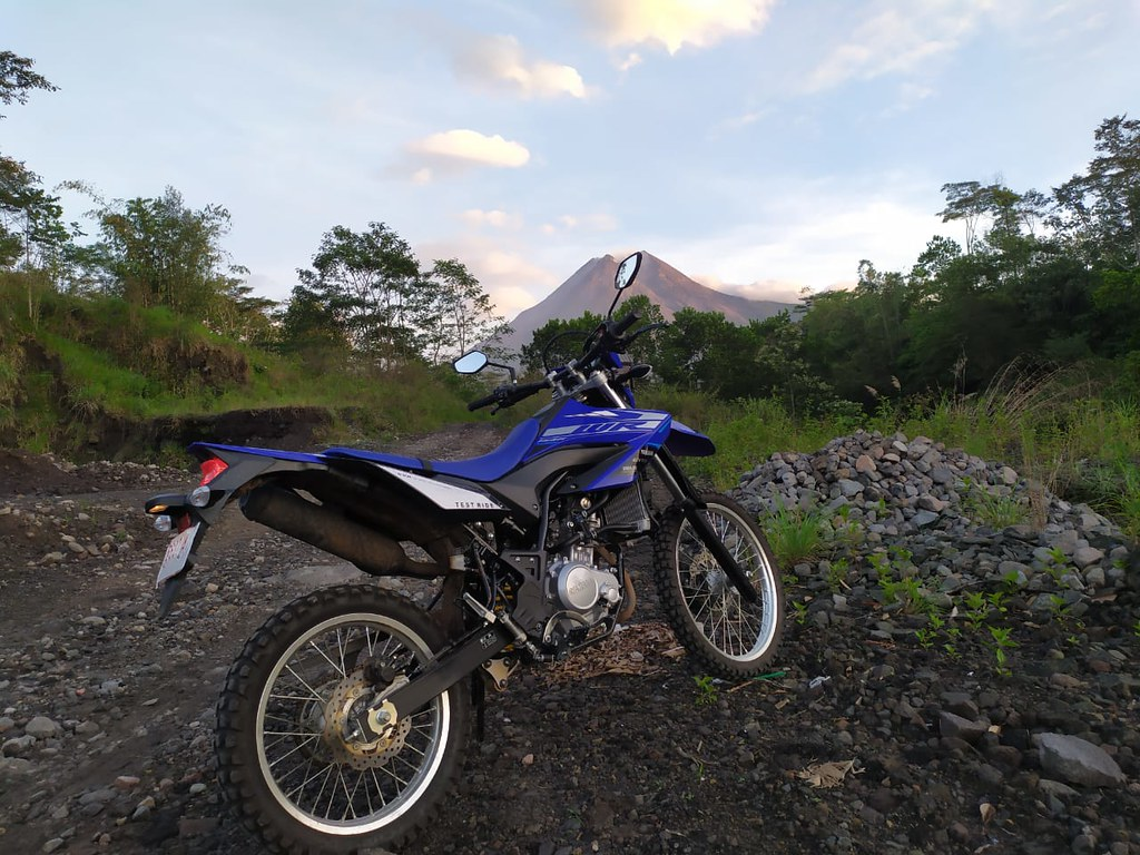 Riding WR 155 R Eksplorasi di Jawa Tengah dan Yogyakarta