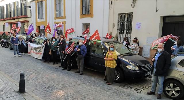 Foto de CCOO de Sevilla. Concentración vacantes enseñanza sin cubrir