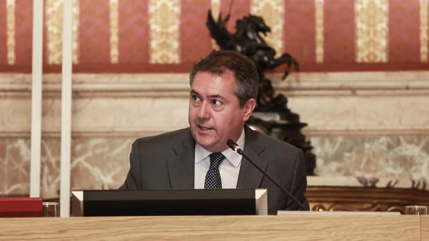 Juan Espadas - Pleno de Sevilla