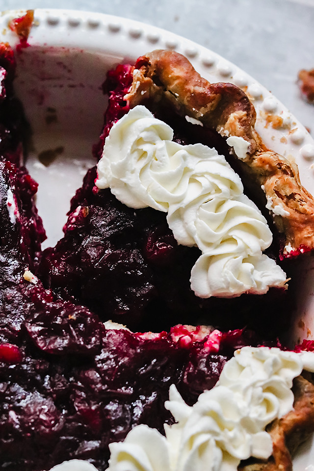 Cranberry Cheesecake Pie with Gingerbread Spice Crust