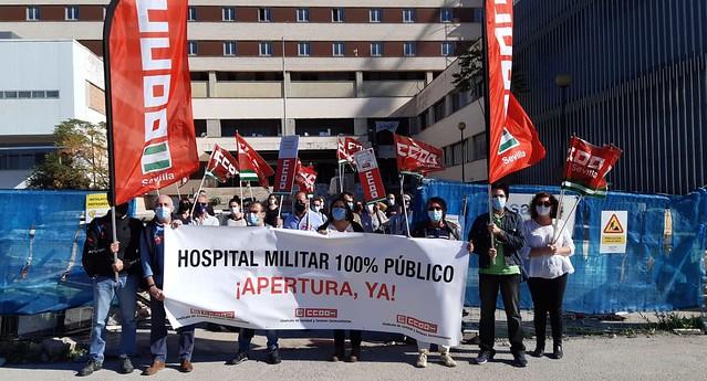 Foto de CCOO de Sevilla. Concentración Hospital Militar
