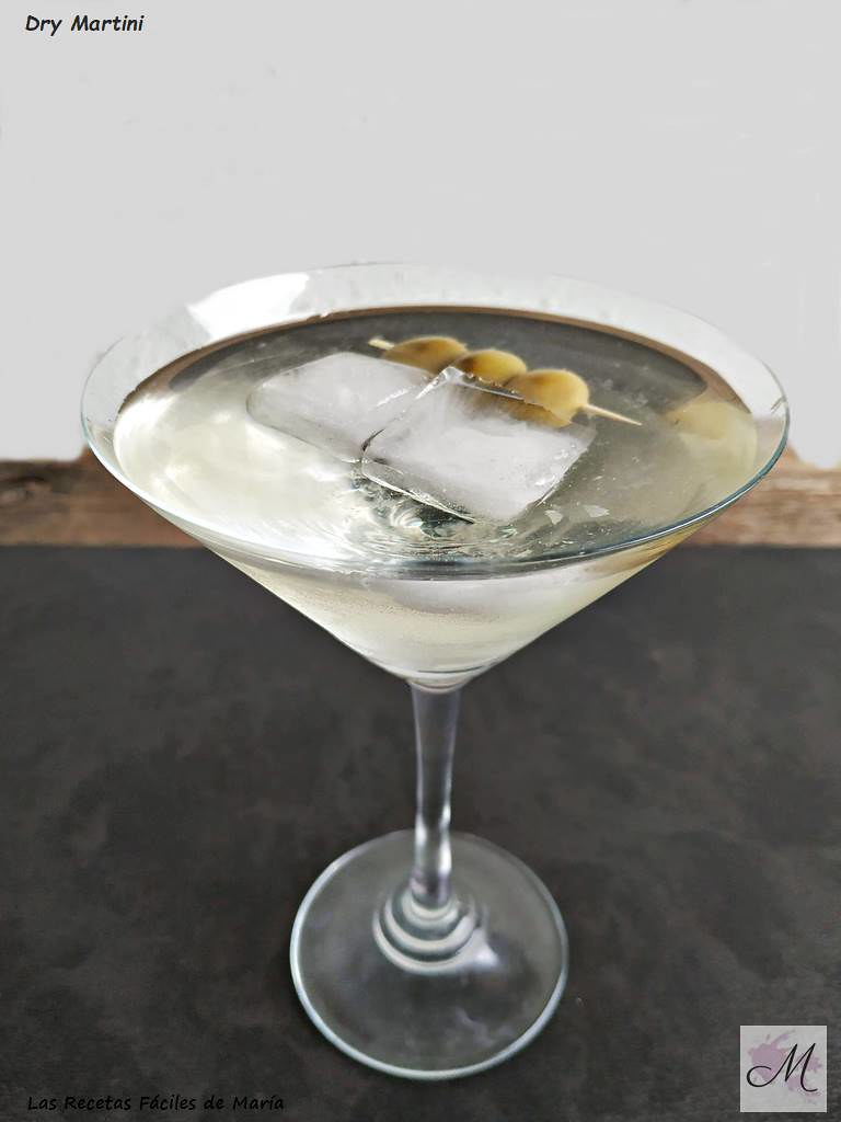 dry martini on the rocks