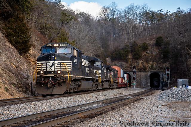 NS 29G. Montgomery Tunnel.