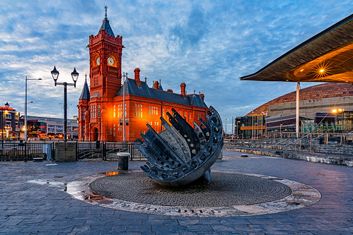 Cardiff Custom House 2 | by singingsnapper