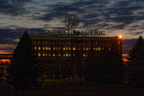 sunset twilight cloud cloudssky dramaticsky dramatic logo sign oldsign generalelectric ge building industry geschenectady outdoor urban city downtownschenectady downtown schenectady schenectadycounty capitaldistrict newyork color pentax pentaxart kmount k70 sigma1750mmf28lens