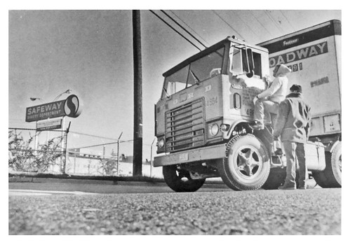 Striking bakery workers halt truck: 1971 | by Washington Area Spark
