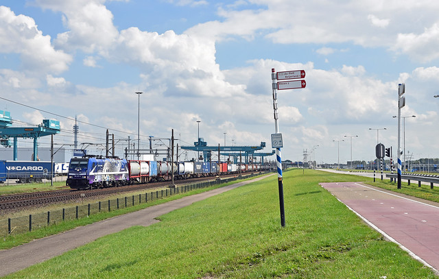 2020-09-02_1363 │Rurtalbahn Cargo 186 423