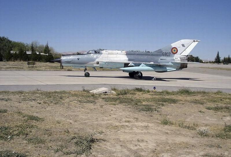 Микоян-Гуревич МиГ-21 Лансер С