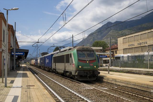 E436.359 F-SNCF Captrain Italia TEC Modane FX - Novara a Bussoleno(TO)