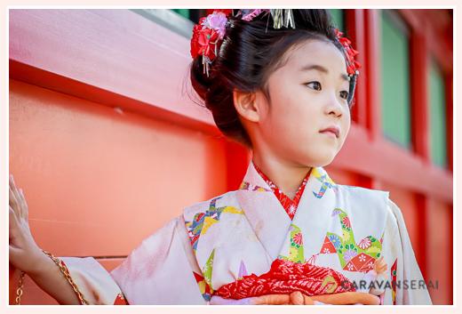 七五三 7才の女の子 日本髪 白の着物