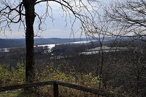 shawneelookout miamiforttrail tristate ohio indiana kentucky carrollcrawfordbridge cobridge greatmiamiriver ohioriver overlook nikondslr nikondigital nikond500 autumn fall rivers view landscape