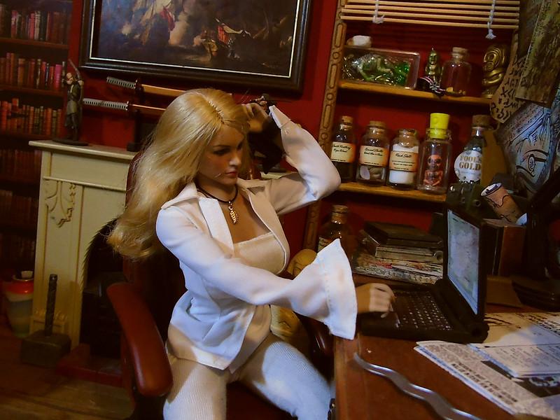 Tabi in the study. 50629141647_933d75dac0_c