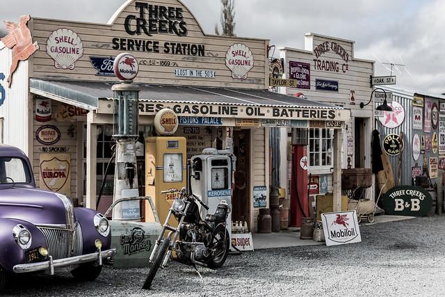 Three Creeks Service Staion