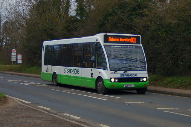 Sneaking: Stephensons of Essex Optare Solo M880SL EU58AXX (326) B1383 Ugley Green 21/11/20