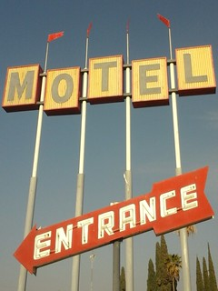 Famoso Motel and Coffee Shop