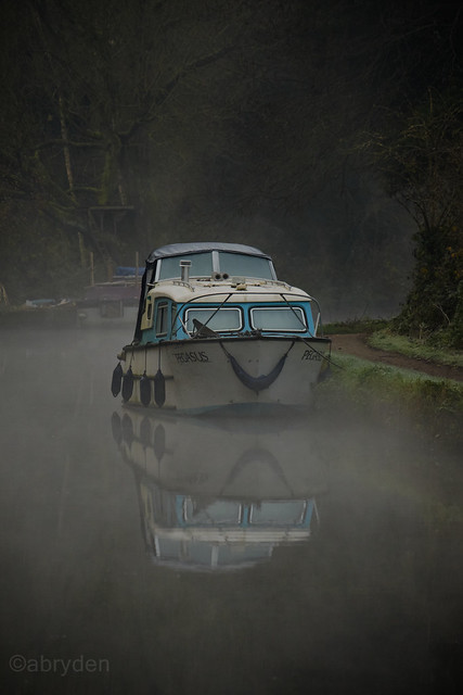 Boat, Grand Union Canal, Hunton Bridge, Hertfordshire