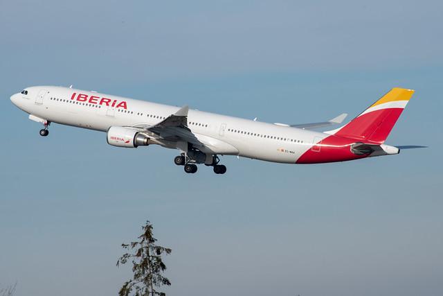 IBERIA Airbus A330-300; EC-MAA@ZRH;21.11.2020