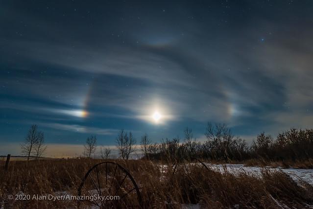 Moondogs Around the Waxing Moon