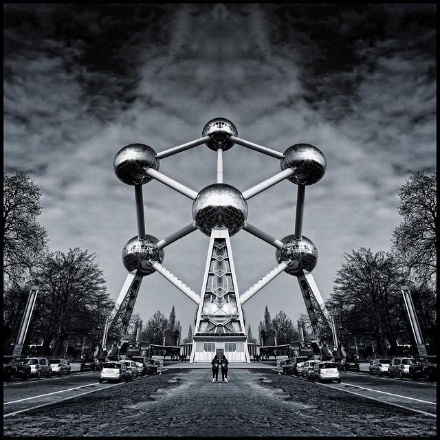 Belgium - Brussels - Atomium 02_sq mono flipped_DSC0784