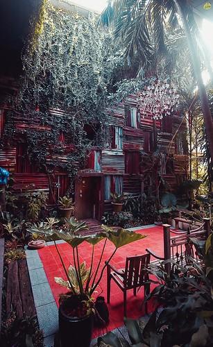 The Grind Cafe คาเฟ่โรงละคร รัษฎา เมืองภูเก็ต