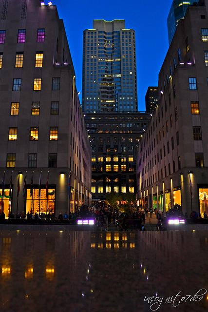 Saks Fifth Avenue seen from Rockefeller Center & Plaza Midtown   Manhattan New York City NY P00719 DSC_1762