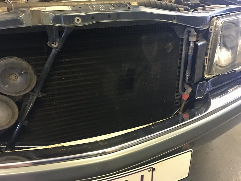 W126 auxiliary fan replacement