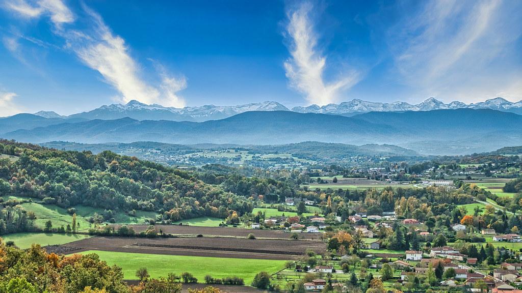 Les Petites Pyrénées et ses grandes soeurs 50632857932_5f8074201a_b