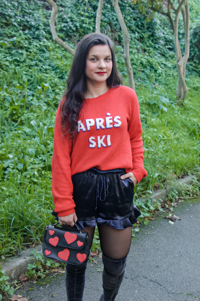 look-pull-rouge-short-satin-cuissardes-seconde-main-conseils-modes-blog-mode-la-rochelle-4
