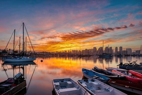 sandiego landscape sunrise boats water sailboats dingy dinghy bay skyline california