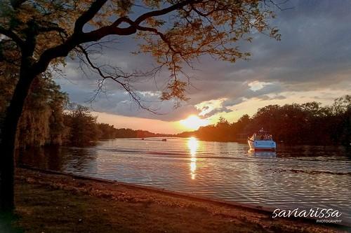 sunset sonnenuntergang toronto sunsetsky sunsets yacht evening eveningsky orangesky orange canada nature naturelovers explore landscape