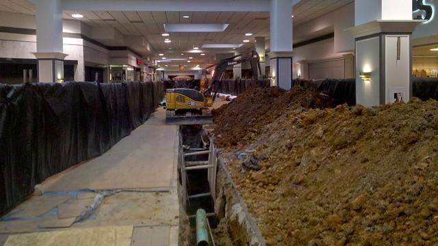 Utility construction at Staunton Mall [01]