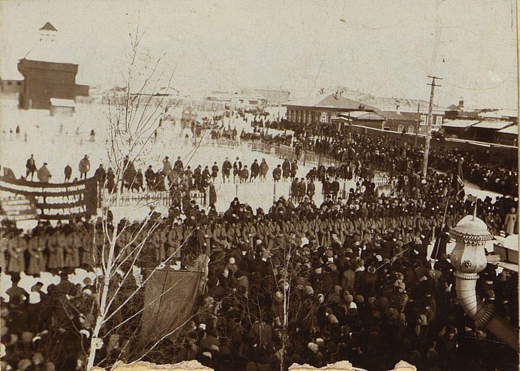 15. Март. Митинг на Соборной площади Якутска