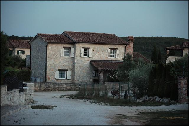 20150728 S 2470 Višnjan_37 Barat je naselje u Republici Hrvatskoj, u sastavu Općine Višnjan, Istarska županija.