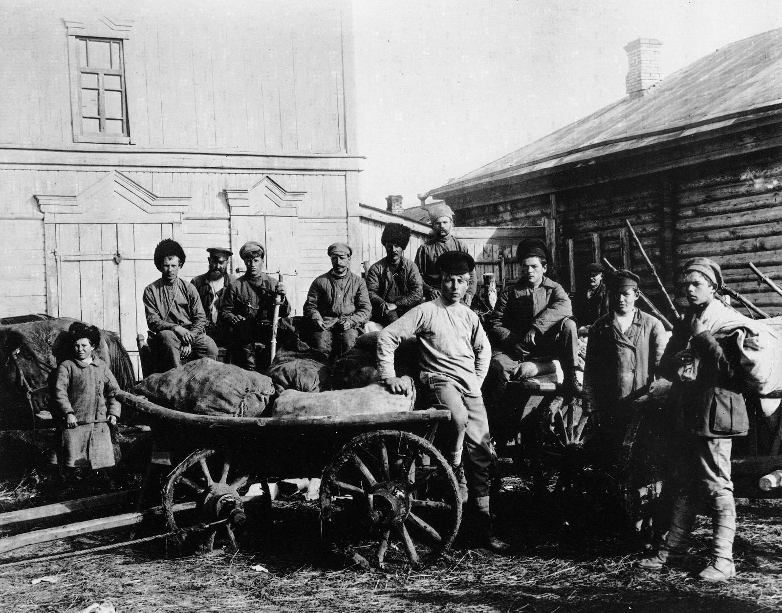 1920. Продовольствие доставленное самарскими продотрядами для 1-го Советского батальона