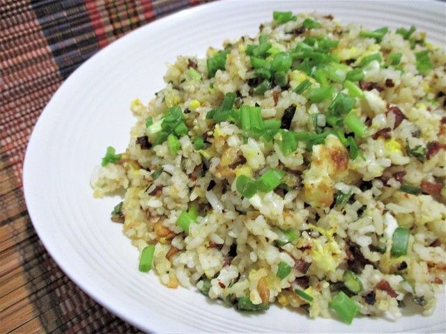 Bacon & egg fried rice 1