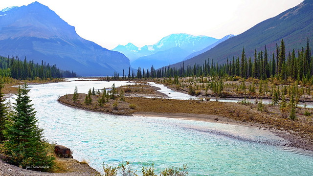 Upper Sunwapta Valley just north of the Columbia Icefields, in Jasper National Park, AB - 13 September 2020 [© WCK-JST]