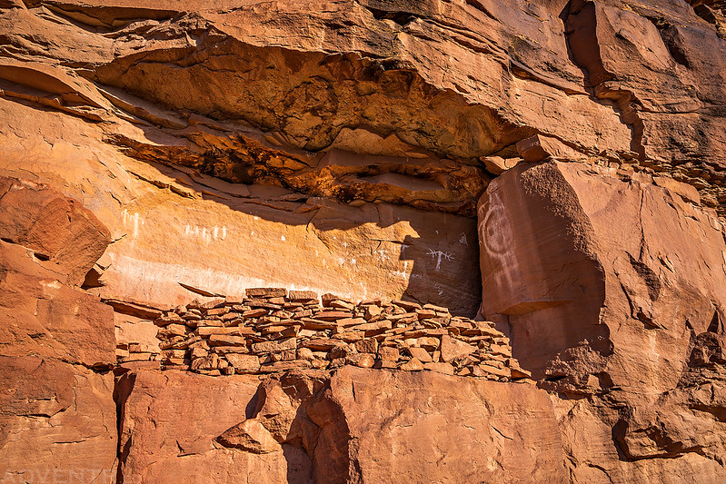 Ruins & Pictographs