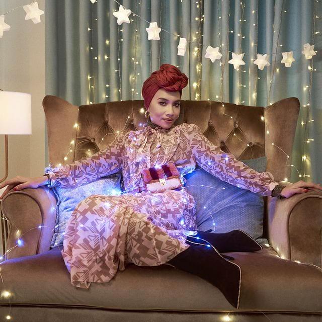 Yuna Wanita Hijab Pertama Sertai Kempen Jenama Fesyen Bersama J. Lo & Michael B. Jordan!