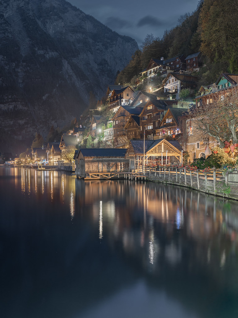 Magic night in Hallstatt...