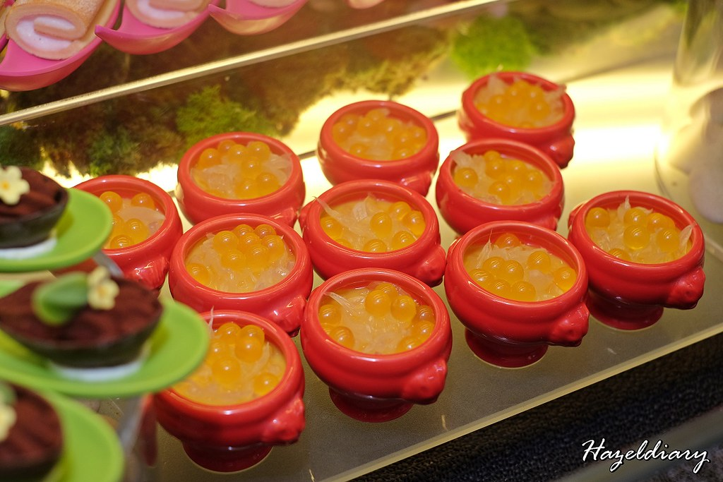 Food Capital At Grand Copthorne Waterfront Hotel-Mango Pudding