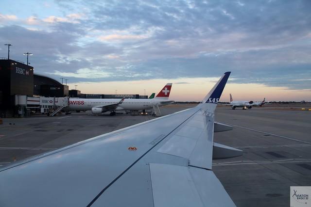 OnboardSAS Ireland A320-251NEO EI-SIB arriving at LHR/EGLL