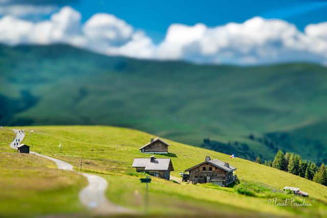 tilt shift in the french alps
