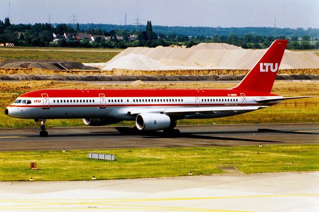 LTU   Boeing 757-200   D-AMUW   Düsseldorf International