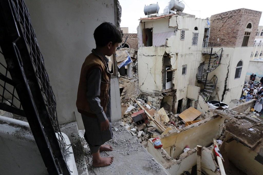 遭沙烏地阿拉伯空襲後的葉門首都沙那。(圖片來源:Yahya Arhab/EPA)