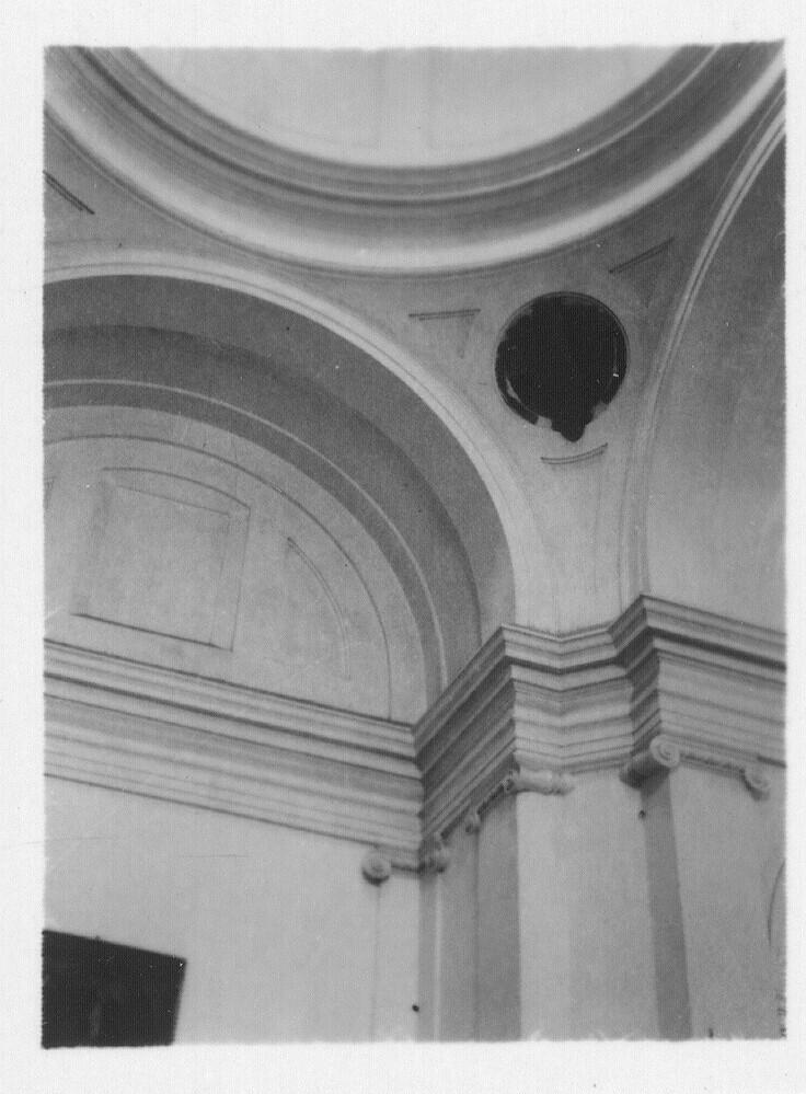 Interior del Convento de santo Domingo el Antiguo hacia 1933. Fotografía de Fernando García Mercadal © Fundación Arquitectura COAM