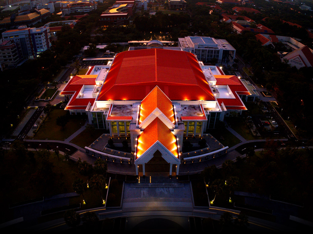 """Oranged"" Kittiyakarn Hall @Thammasat University, Rangsit Campus. Thailand [E-Orange Roof 01]"