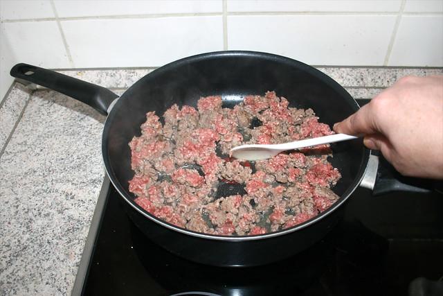 10 - Sear mincemeat crumble / Hackfleisch krümelig anbraten